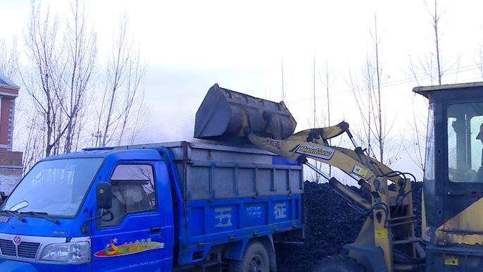 安新寨里乡推动清洁煤推广 确保群众温暖过冬