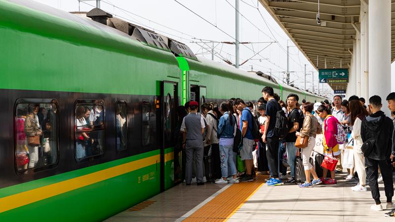 白洋淀站中秋小长假期间共发送旅客6698人次