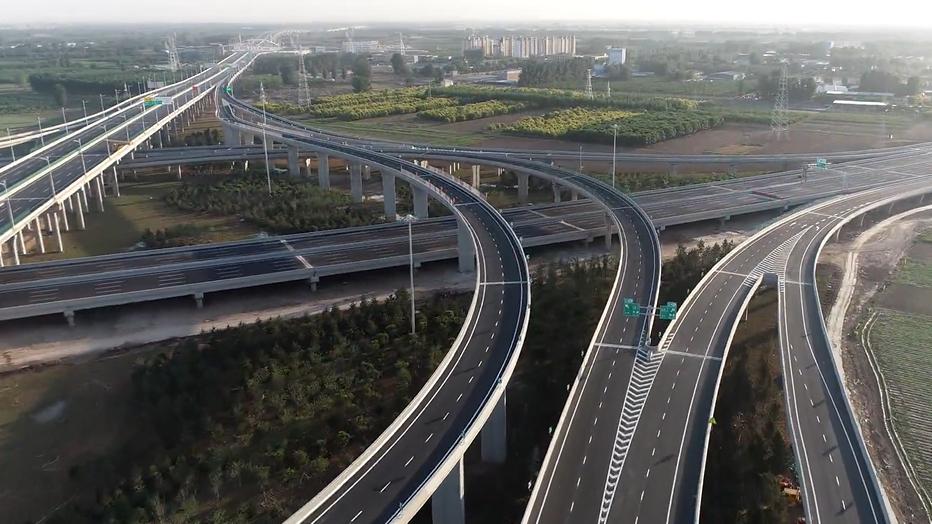这条雄安新区到北京的高速,快通车啦!
