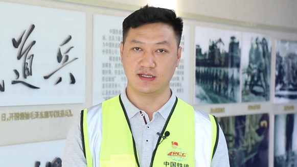 献礼建党100周年丨朱毅:建设精品工程、放心工程