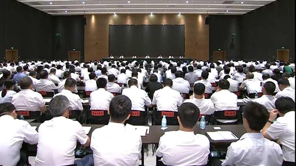 王东峰在雄安新区调研检查并召开新区领导干部会议